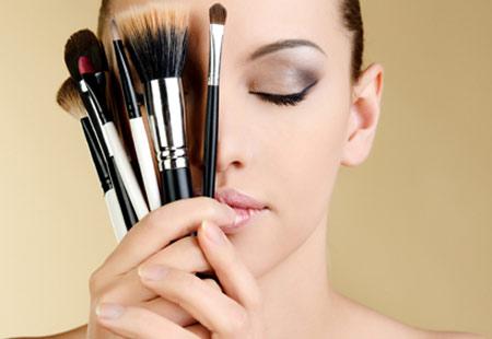 kontaktné šošovky a makeup